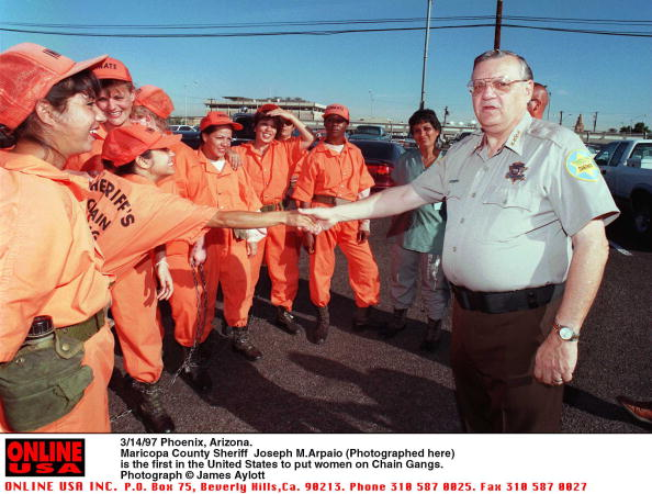 Arizona「3/14/97 Phoenix, Arizona. Maricopa County Sheriff Joe Arpaio is the first in the United States to pu」:写真・画像(19)[壁紙.com]