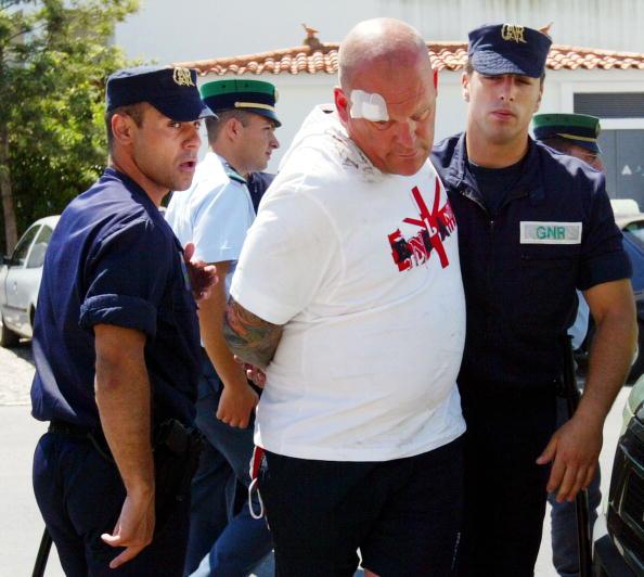 International Team Soccer「Arrested England Fans To Be Deported From Portugal」:写真・画像(11)[壁紙.com]