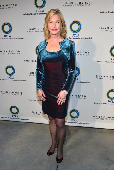 Two-Toned Dress「UCLA Institute Of The Environment And Sustainability's 2nd Annual Evening Of Environmental Excellence - Arrivals」:写真・画像(10)[壁紙.com]