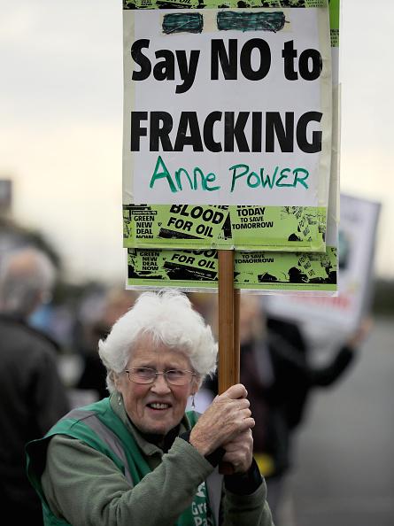 Shale「Demonstrators Protest At Lancashire Fracking Decision」:写真・画像(15)[壁紙.com]