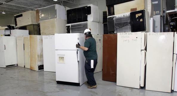 "Recycling「Detroit Edison Offers Cash For ""Clunker"" Refrigerators」:写真・画像(3)[壁紙.com]"