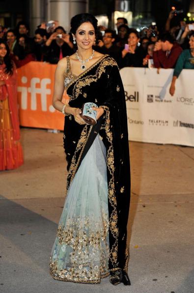"Purse「""English Vinglish"" Premiere  - Arrivals - 2012 Toronto International Film Festival」:写真・画像(10)[壁紙.com]"