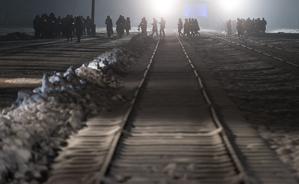 Ian Gavan「Commemorations Are Held For The 70th Anniversary Of The Liberation Of Auschwitz」:写真・画像(3)[壁紙.com]