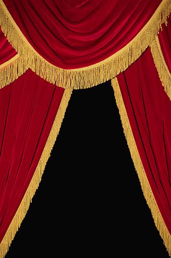 Velvet「Red and Gold Curtains」:スマホ壁紙(4)