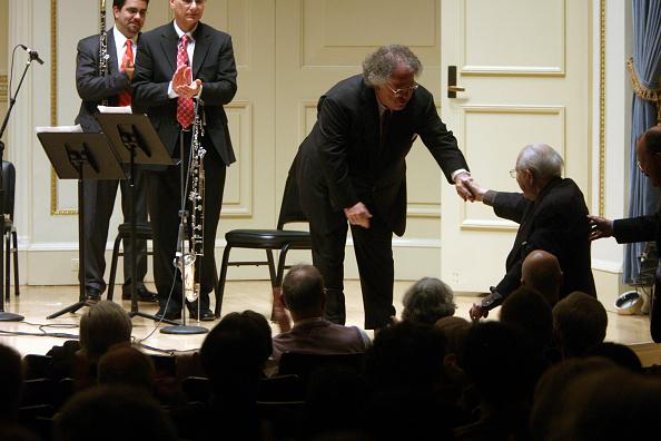 クラシック音楽家「Levine Congratulates Carter」:写真・画像(13)[壁紙.com]