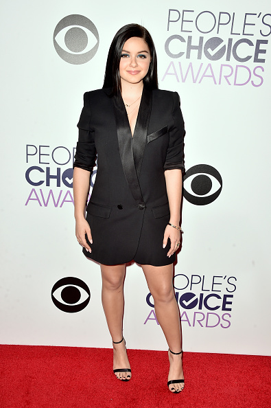 アリエル ウィンター「The 41st Annual People's Choice Awards - Red Carpet」:写真・画像(17)[壁紙.com]