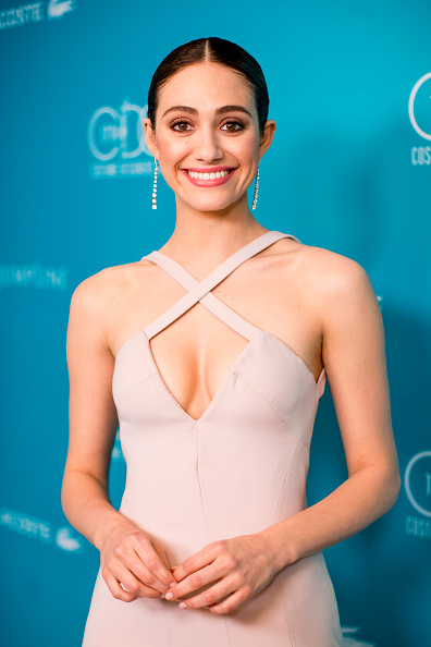 Emmy Rossum「17th Costume Designers Guild Awards With Presenting Sponsor Lacoste - Green Room」:写真・画像(11)[壁紙.com]