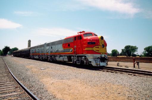 鉄道・列車「Train near Sacramento, California, USA」:スマホ壁紙(16)
