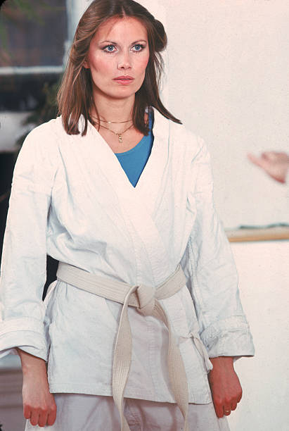 Model Maud Adams At Karate School:ニュース(壁紙.com)