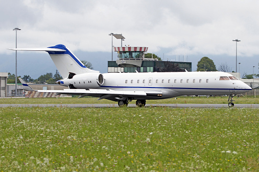 Piedmont - Italy「BD-700 business jet at Turin Airport, Italy.」:スマホ壁紙(15)