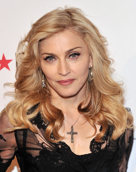 "Singer「Madonna Launches Her Signature Fragrance ""Truth Or Dare"" By Madonna」:写真・画像(9)[壁紙.com]"