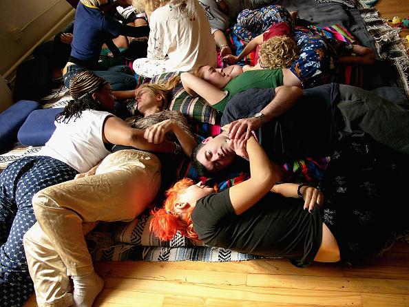 Love - Emotion「Cuddle Party Held In New York City」:写真・画像(9)[壁紙.com]