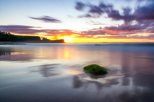 East Lothian「uK, Scotland, East Lothian, North Berwick, Firth of Forth, Tantallon Castle at sunset」:スマホ壁紙(5)