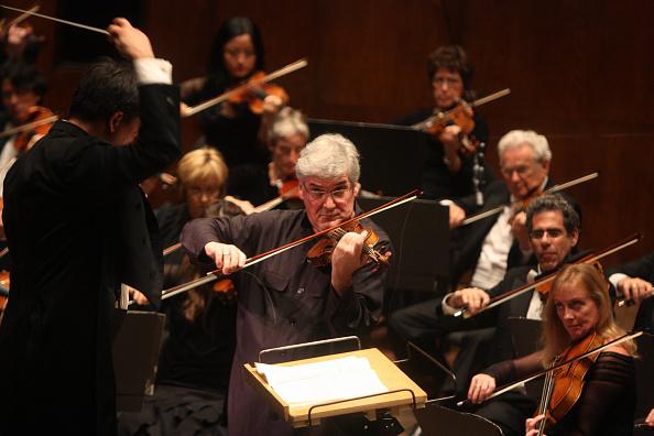 Violinist「Alan Gilbert」:写真・画像(1)[壁紙.com]