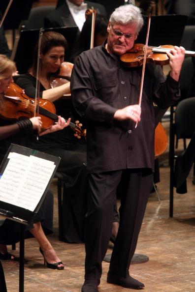 Violinist「Pinchas Zukerman」:写真・画像(0)[壁紙.com]