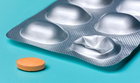 Opioid「Pill and blister pack」:スマホ壁紙(12)