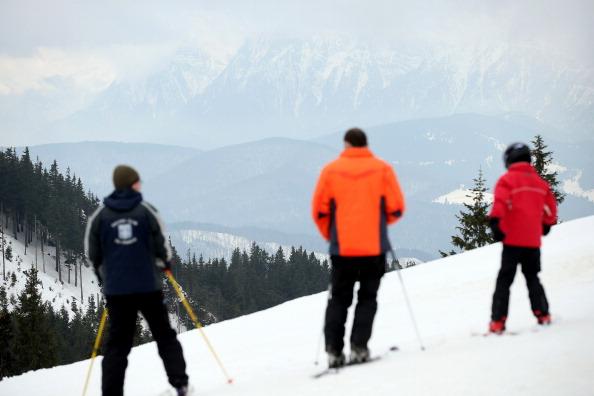 Bucegi Mountains「Romania Promotes Tourism To Boost Economy」:写真・画像(3)[壁紙.com]