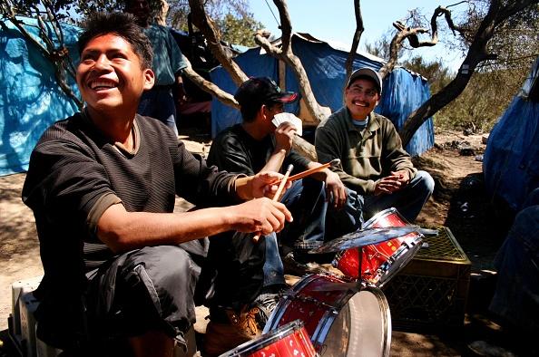 Del Mar - California「Workers Establish Migrant Camps Near Agricultural Jobs」:写真・画像(19)[壁紙.com]