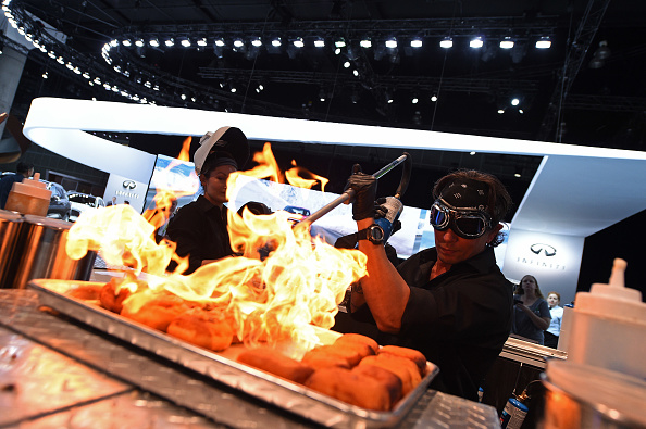 Blow Torch「The Los Angeles Auto Show Plays Hosts To Automotive Manufacturers Debuting Latest Models」:写真・画像(11)[壁紙.com]