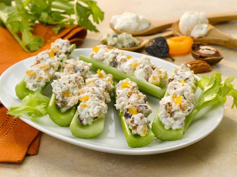 Celery「Celery Stuffed with Apricot Blue Cheese Spread」:スマホ壁紙(12)