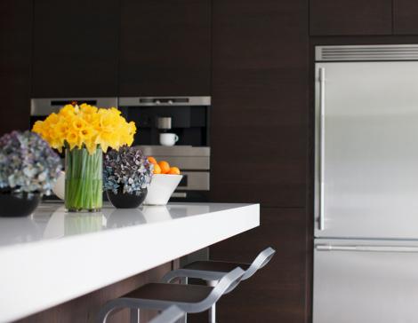 Kitchen Counter「Stainless steel refrigerator in modern kitchen」:スマホ壁紙(16)