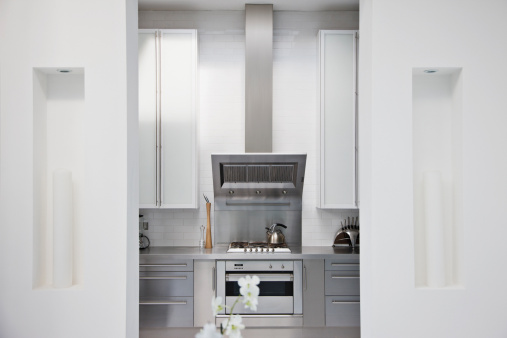 Stove「Stainless steel stove in modern white kitchen」:スマホ壁紙(10)