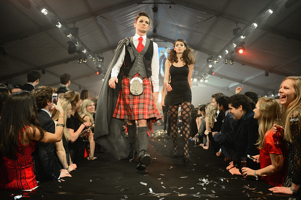 St「Students Participate In The 22nd St Andrews University Charity fashion Show」:写真・画像(0)[壁紙.com]