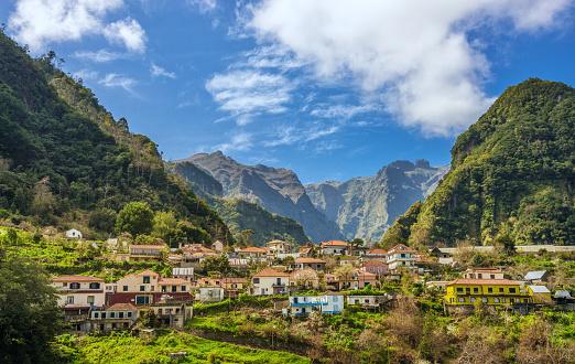 Volcano「Rural Madeira - Ribeiro Frio Natural Park」:スマホ壁紙(4)
