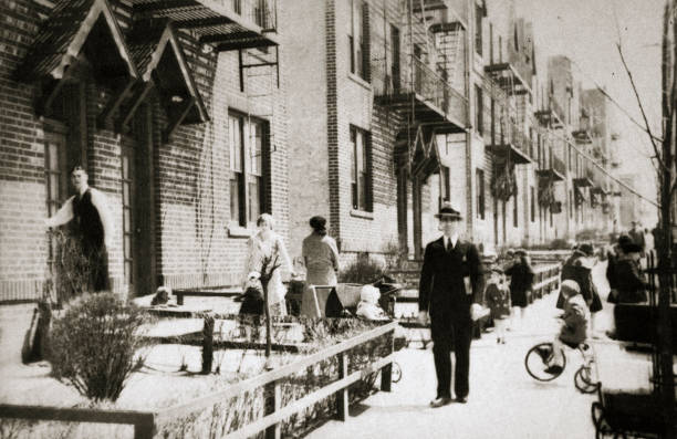 A Street In The Borough Of Queens New York USA Early 1930s:ニュース(壁紙.com)