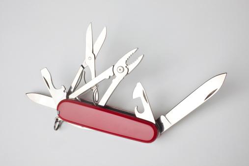 Blade「Swiss army knife」:スマホ壁紙(4)