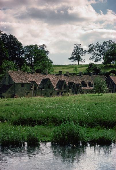 Tim Graham「Arlington Row Cottages, Bibury, UK」:写真・画像(13)[壁紙.com]
