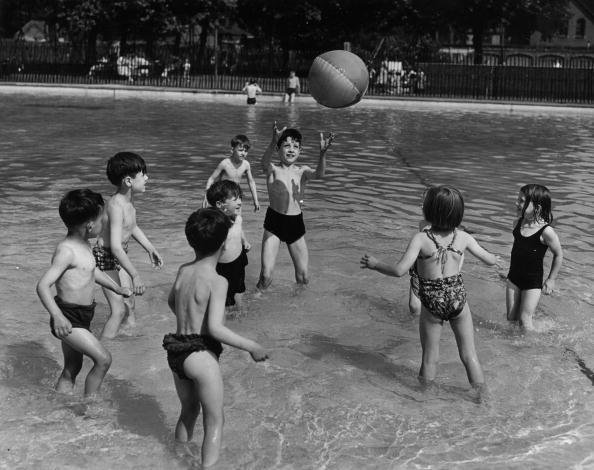 Cool Attitude「Pool Fun」:写真・画像(10)[壁紙.com]