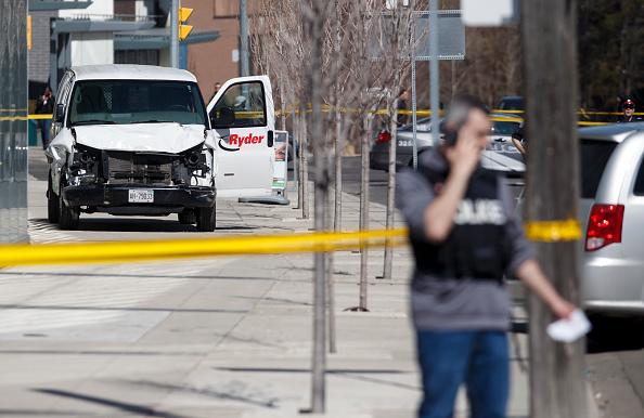 Violence「Rental Van Plows Into Pedestrians On Toronto Street, Injuring At Least Eight」:写真・画像(13)[壁紙.com]