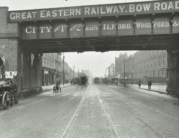 Poplar Tree「Great Eastern Railway Bridge Over The Bow Road, Poplar, London, 1915」:写真・画像(4)[壁紙.com]