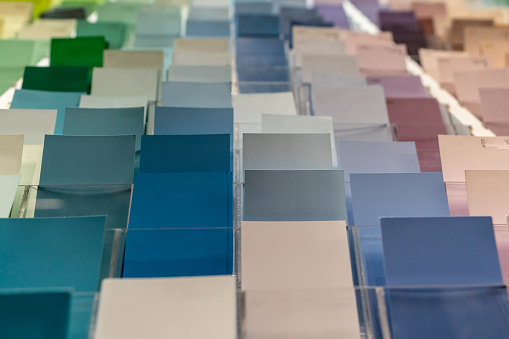 Choosing「Close-up on a color samples at a hardware store」:スマホ壁紙(19)