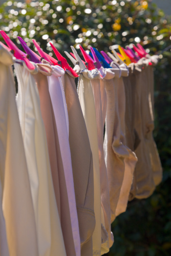 Hosiery「Washing hanging out to dry」:スマホ壁紙(19)