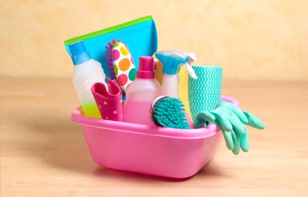 Spring cleaning equipment:スマホ壁紙(壁紙.com)