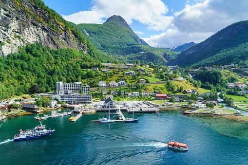 UNESCO「Geiranger, Norway」:スマホ壁紙(3)