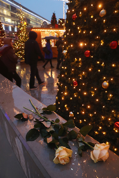 2016 Berlin Christmas Market Attack「Christmas Market Targeted In Terror Attack Reopens」:写真・画像(12)[壁紙.com]