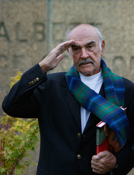 Casual Clothing「Sir Sean Connery Unveils Memoirs At Edinburgh Book Festival」:写真・画像(17)[壁紙.com]