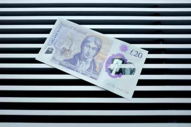 Bank Of England Governor Carney Unveils New 20 Pound Note:ニュース(壁紙.com)