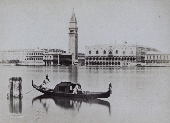 San Marco Quarter「Venice Panorama With Saint Mark'S Square And Gondola In The Foreground. About 1880. Photograph By C. Naya / Venezia. Photograph.」:写真・画像(12)[壁紙.com]