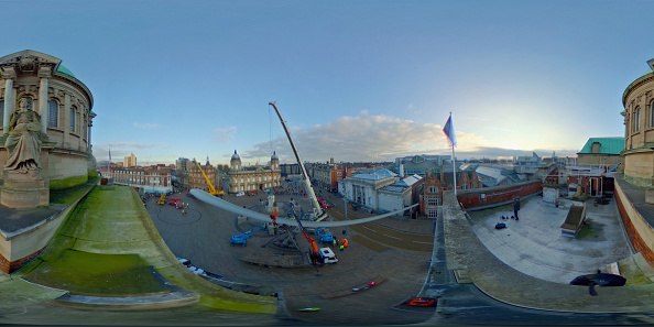 Panoramic「The Blade Installed in Hull For City of Culture」:写真・画像(7)[壁紙.com]
