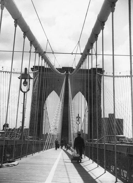 Peter Keegan「On Brooklyn Bridge」:写真・画像(8)[壁紙.com]