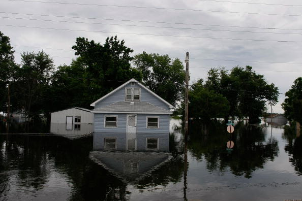 Missouri「Midwest Flooding Continues To Threaten Towns Along The Mississippi」:写真・画像(6)[壁紙.com]