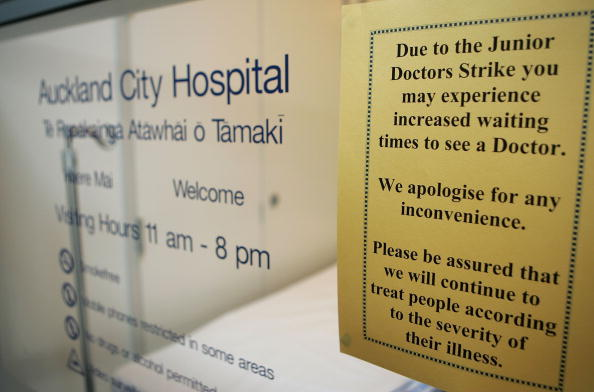 Misfortune「Junior Doctors Start a Five-Day Strike Across New Zealand」:写真・画像(6)[壁紙.com]