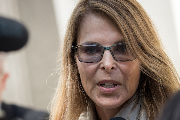 Keith Raniere「Cult Leader And Actress Charged With Sex Trafficking Operation Return To Court」:写真・画像(5)[壁紙.com]
