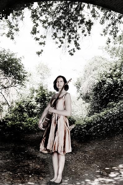バンジョー「Emily Portman」:写真・画像(13)[壁紙.com]