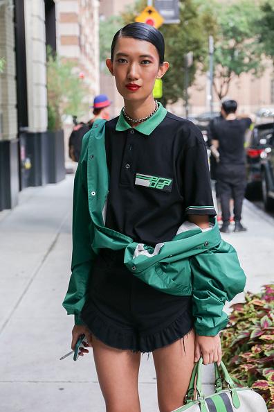 Achim Aaron Harding「Street Style - New York Fashion Week September 2018 - Day 7」:写真・画像(12)[壁紙.com]
