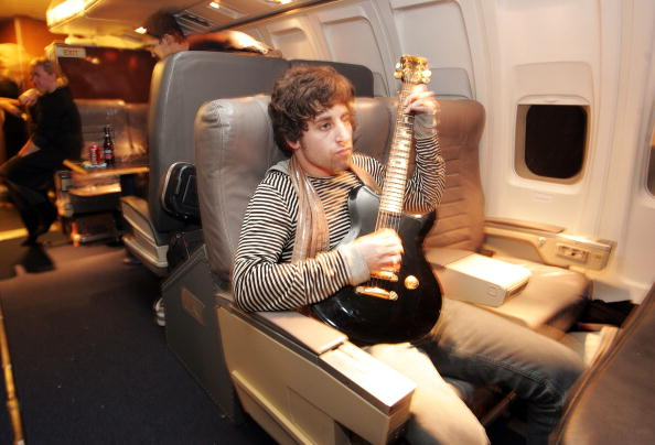 "Passenger Cabin「MTV Presents ""Infinity Flight 206 With Fall Out Boy""」:写真・画像(5)[壁紙.com]"
